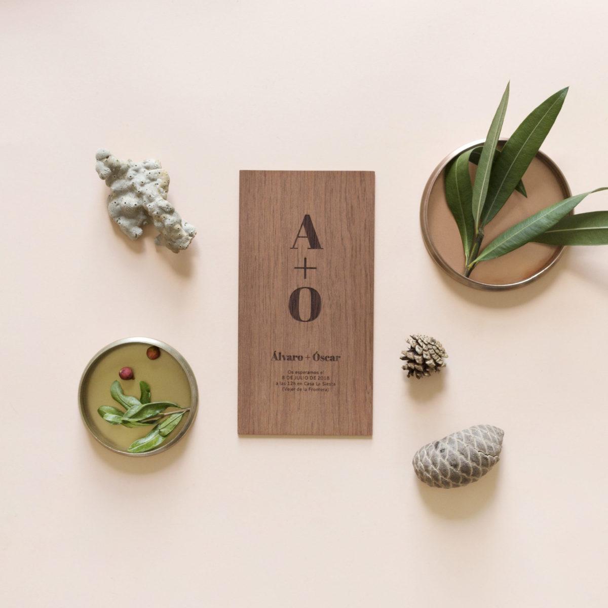 Invitación de madera Suma