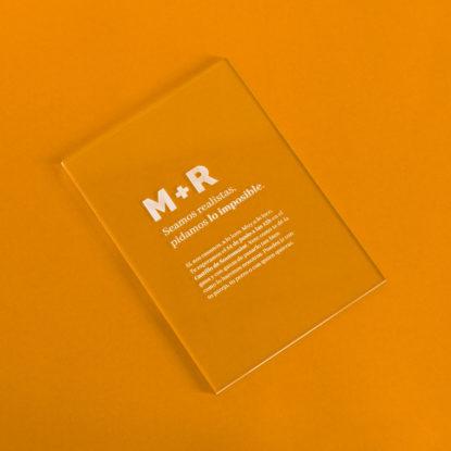Invitación transparente de metacrilato modelo Minimal