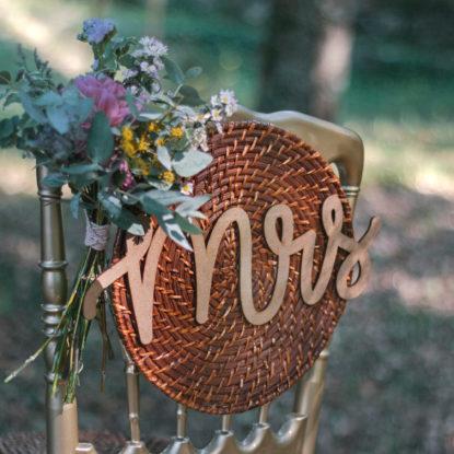 Decoración para las sillas de madera Mr & Mrs rústico detalle