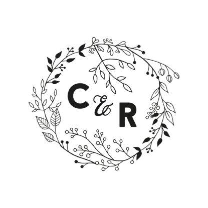 Sello de madera de boda con nombres pareja diseño Corona de Flores