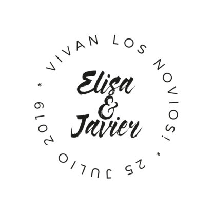 Sello de madera de boda con nombres pareja diseño Corona de Letras II