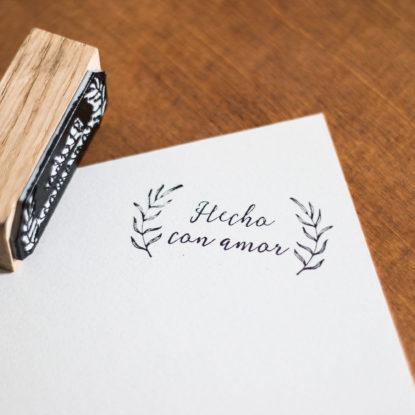 Sello de boda de madera modelo Hecho con Amor