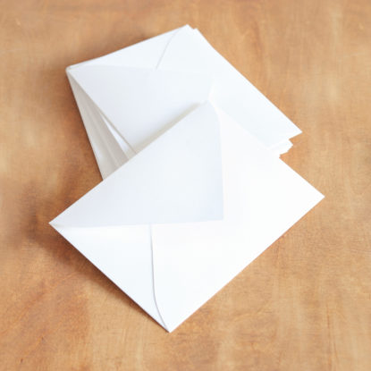 Sobre de invitación de boda C6 blanco roto texturado