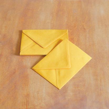 Sobre de boda para invitaciones A6 amarillo huevo