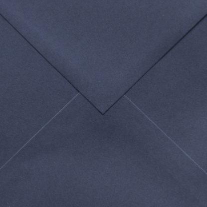 Sobre para invitaciones de madera cuadrado azul detalle