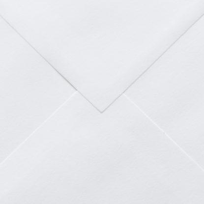 Sobre cuadrado blanco para invitaciones de boda detalle