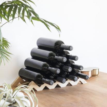 Botellero zigzg de madera estilo minimalista