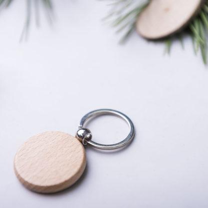 Llavero de madera para bodas regalo de invitados redondo grabado a laser detalle